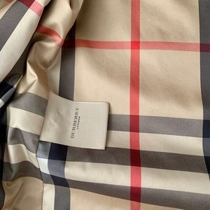 Burberry Jackets & Coats - ✨SALE✨Authentic Burberry Trench Coat